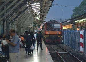 Train Travel, Best Cheap Easy Thai VISA Runs from Bangkok (Tourists)