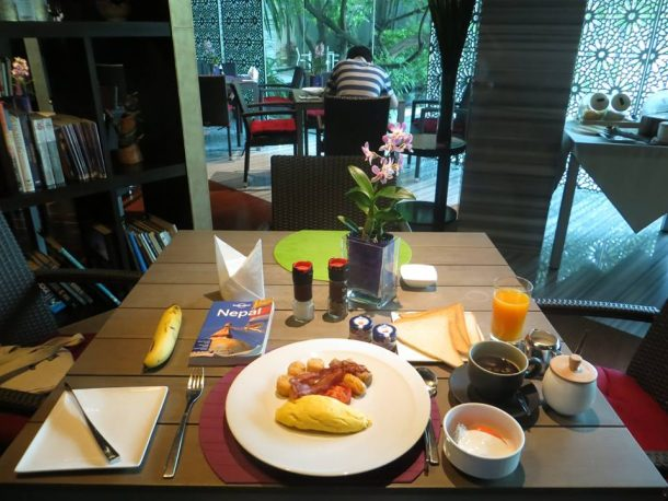 Breakfast Time, MaDuZi Boutique Hotel in Asoke Interchange Area Sukhumvit
