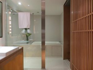 En suite Bathroom, MaDuZi Boutique Hotel in Asoke Interchange Area Sukhumvit