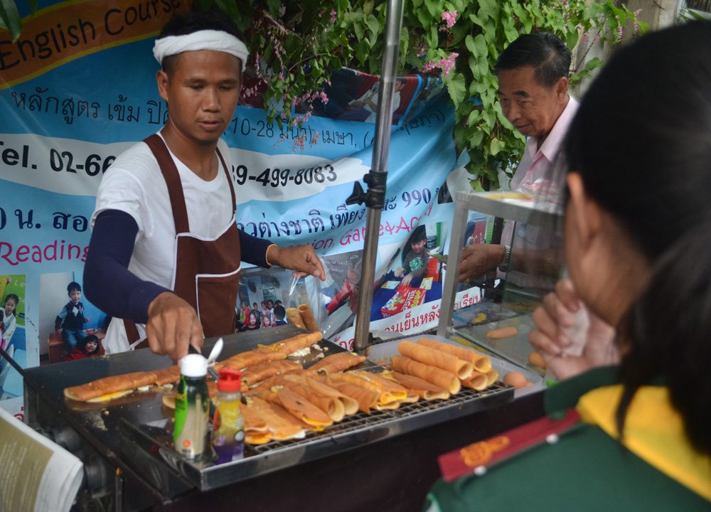 Thai Hot Dogs, International street food in Bangkok Thailand