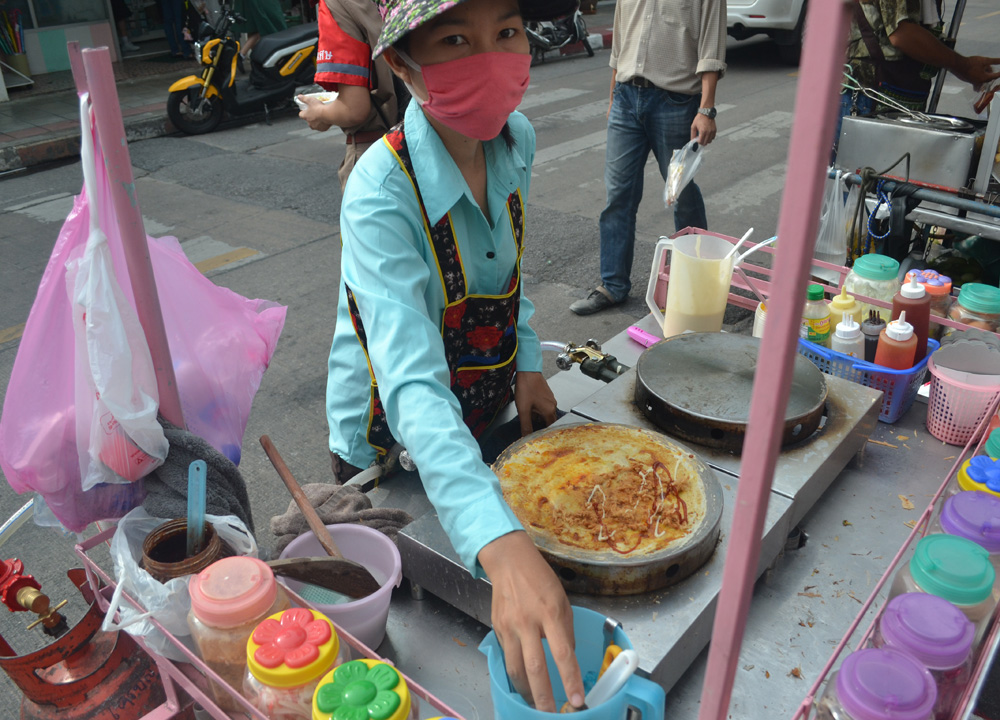 Sweet Crepe Lady, International street food in Bangkok Thailand
